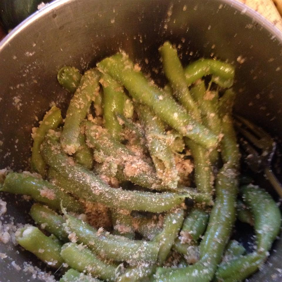 Green Beans with Bread Crumbs hollym161