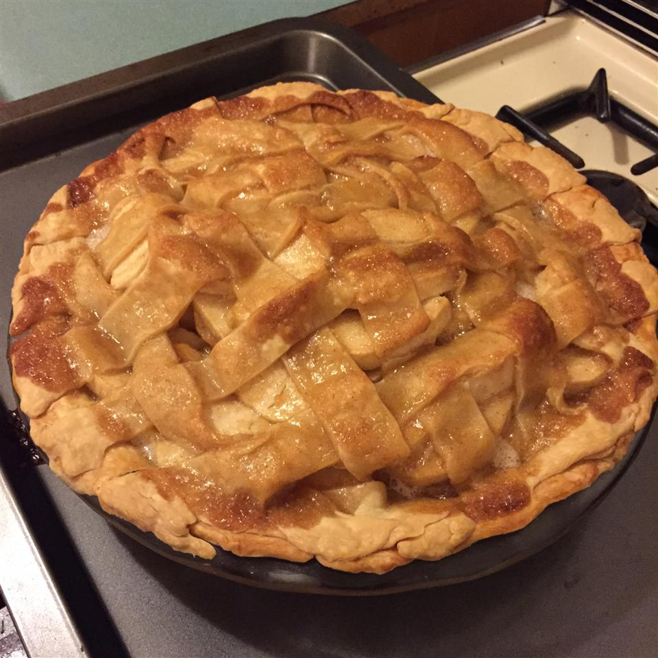 Grandma Ople's Apple Pie sassysmurf912