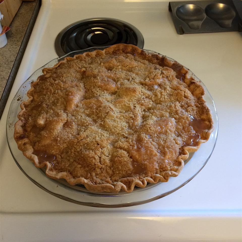 Apple Crumb Pie BettysGirl112
