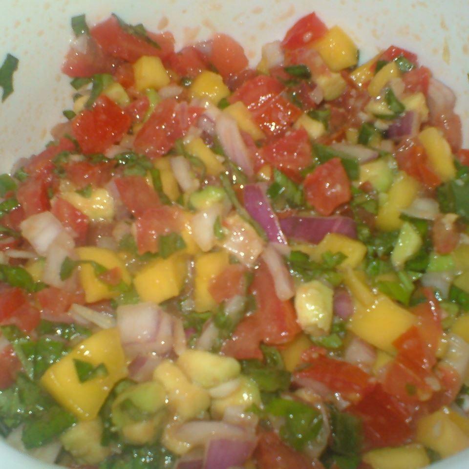 Avocado, Tomato and Mango Salsa ELLEN666