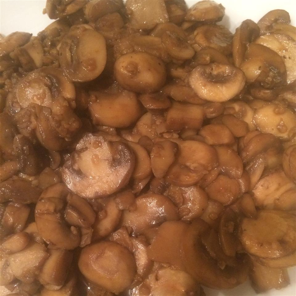Mushrooms with a Soy Sauce Glaze Jingjing Zhang