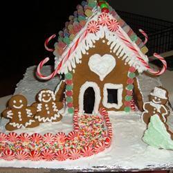 Classic Gingerbread Cutouts manna0683