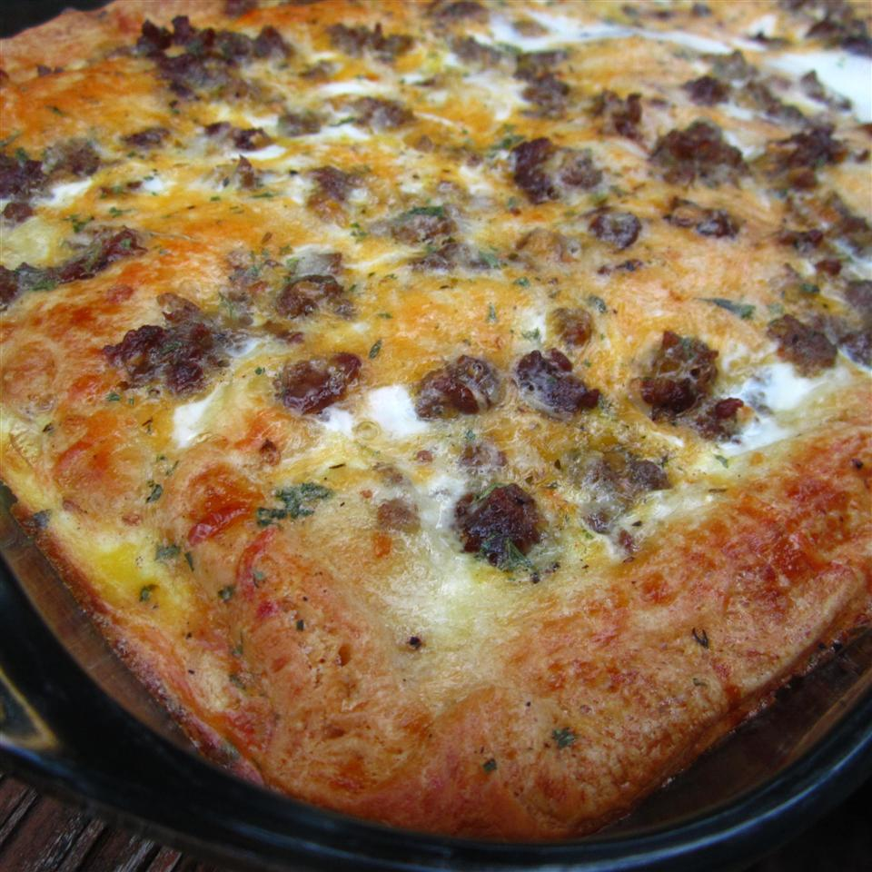 Christmas Breakfast Pizza