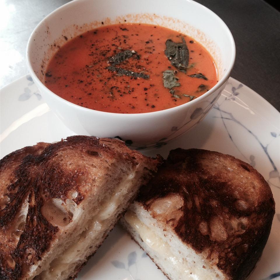 Creamy Tomato-Basil Soup Kenny