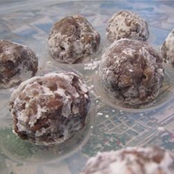 Chocolate Rum Balls I Benjamin Powell