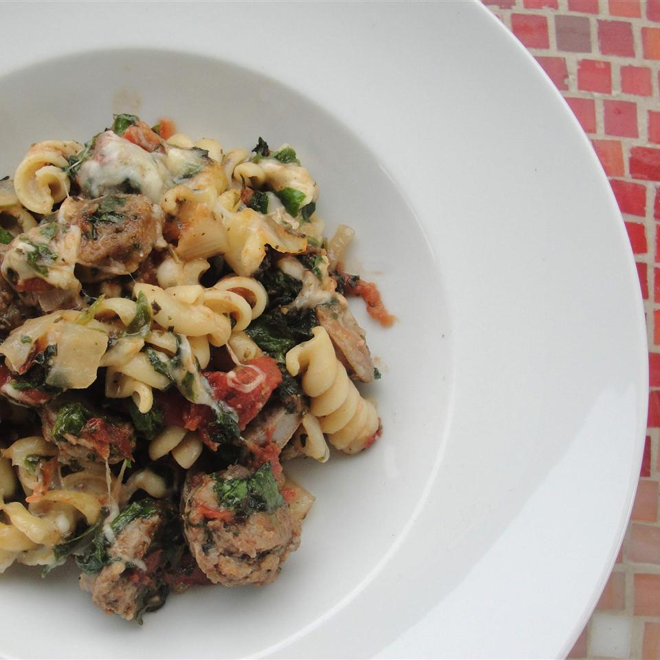 Tomato, Spinach, and Cheese Pasta Rock_lobster