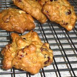 Ocean Spray® Oatmeal Cranberry White Chocolate Chunk Cookies