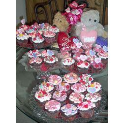 Self-Filled Cupcakes I HONEYROOM