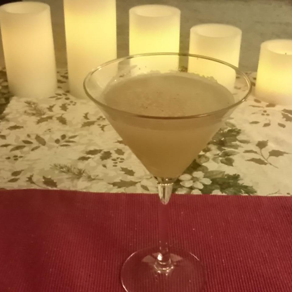 Gingered Pear Martini LivesToEat