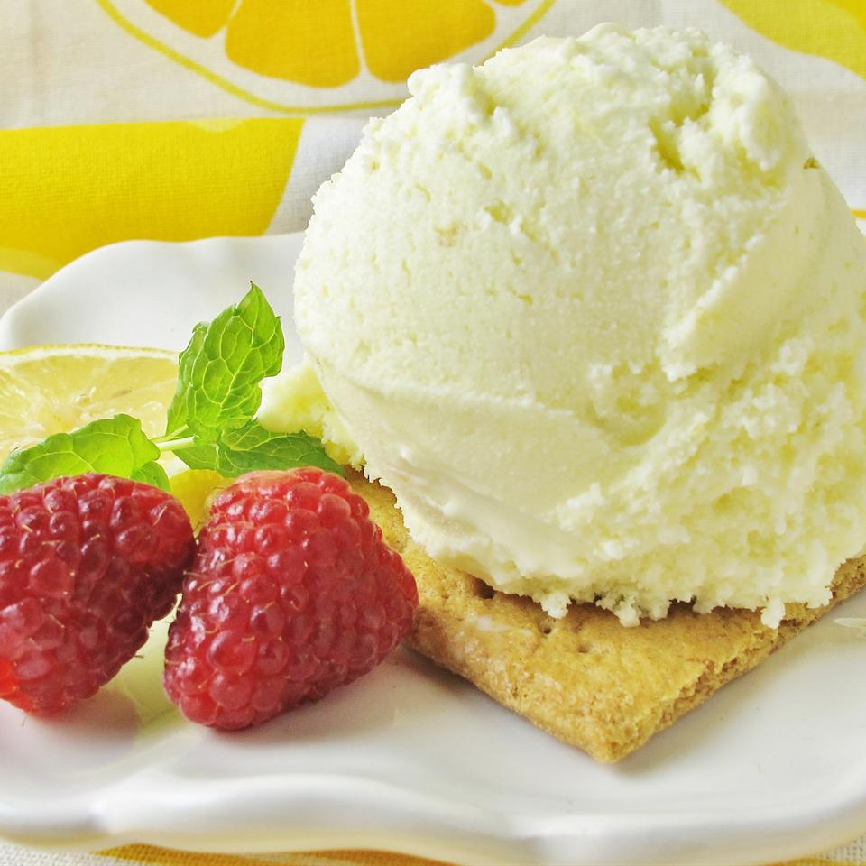 Super Lemon Ice Cream