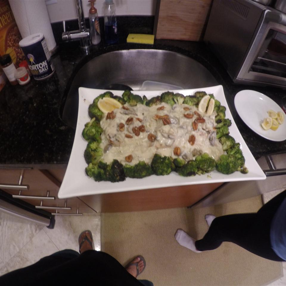 Pan-Seared Cod, Broccoli, and Mushrooms with Creamy Alfredo Sauce Stephanie Menezes