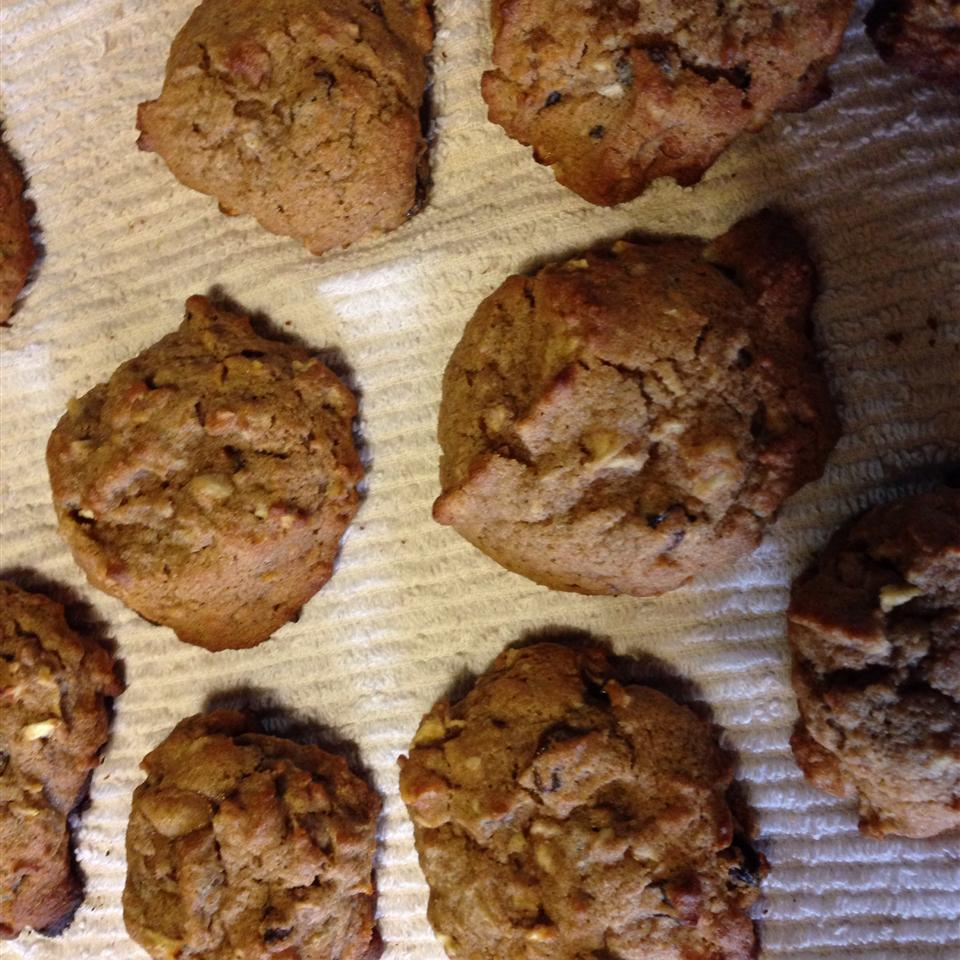 Apple and Spice Cookies Leona Houchens