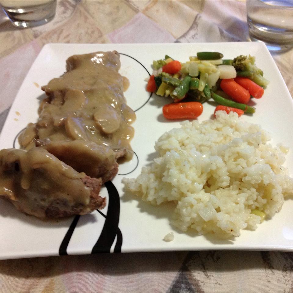 Garlic Pork Tenderloin with Mushroom Gravy Gingervitis4663