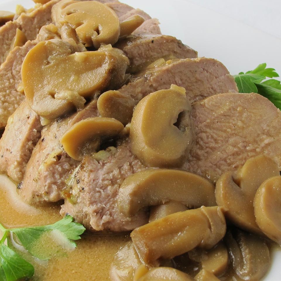 Garlic Pork Tenderloin with Mushroom Gravy naples34102