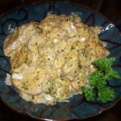 Pork Tenderloin with Creamy Herb Sauce DeusaCozinheira