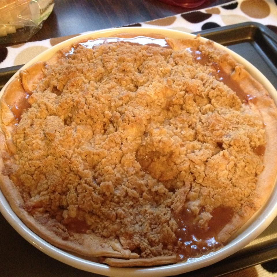 Blue Ribbon Apple Crumb Pie