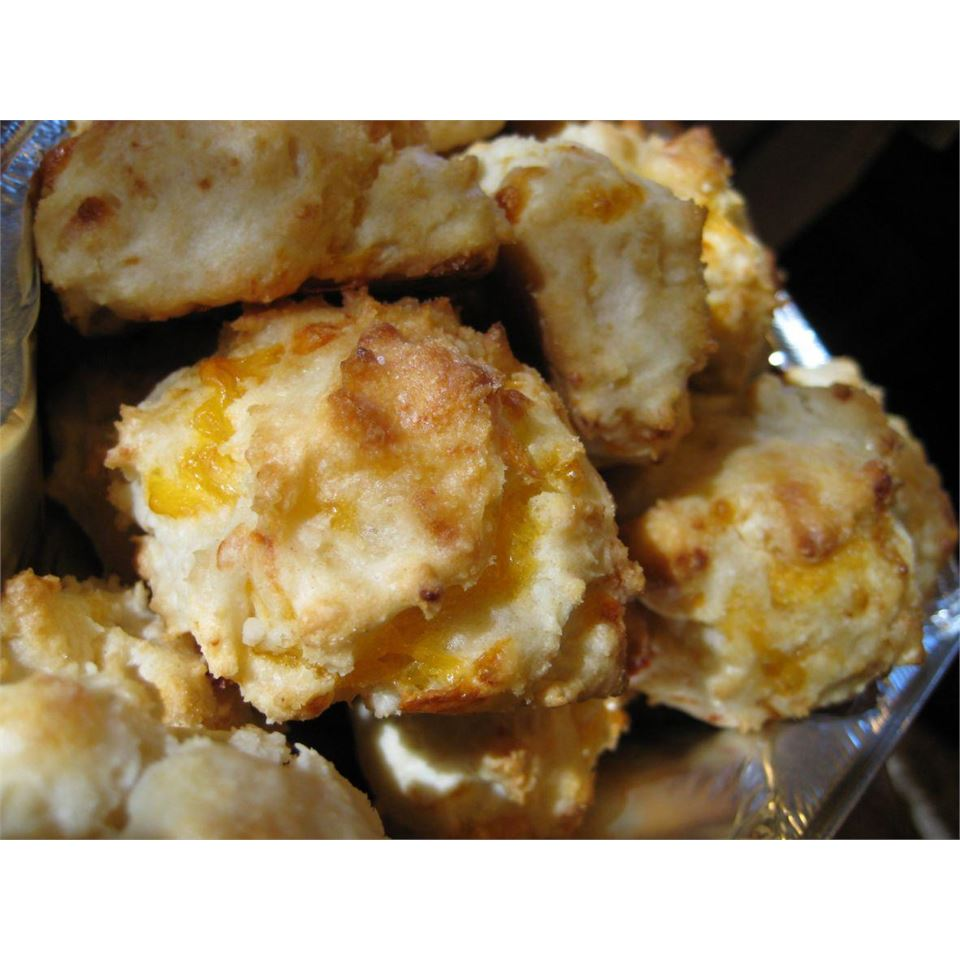 Cheese Garlic Biscuits I EEE