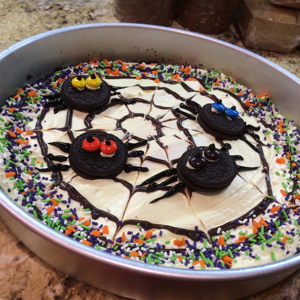 OREO Spider Web Cookie Pizza Ava Smith