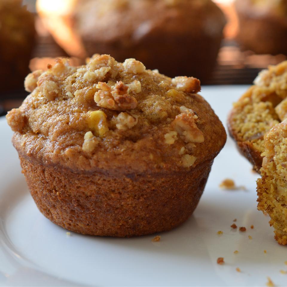 Pumpkin Apple Muffins