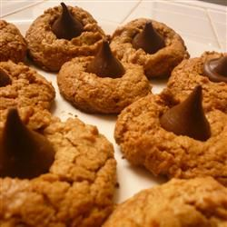 Peanut Butter Kiss Cookies itchie