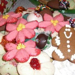 Poinsettia Cookies SUGARPLUMSCOOKIES