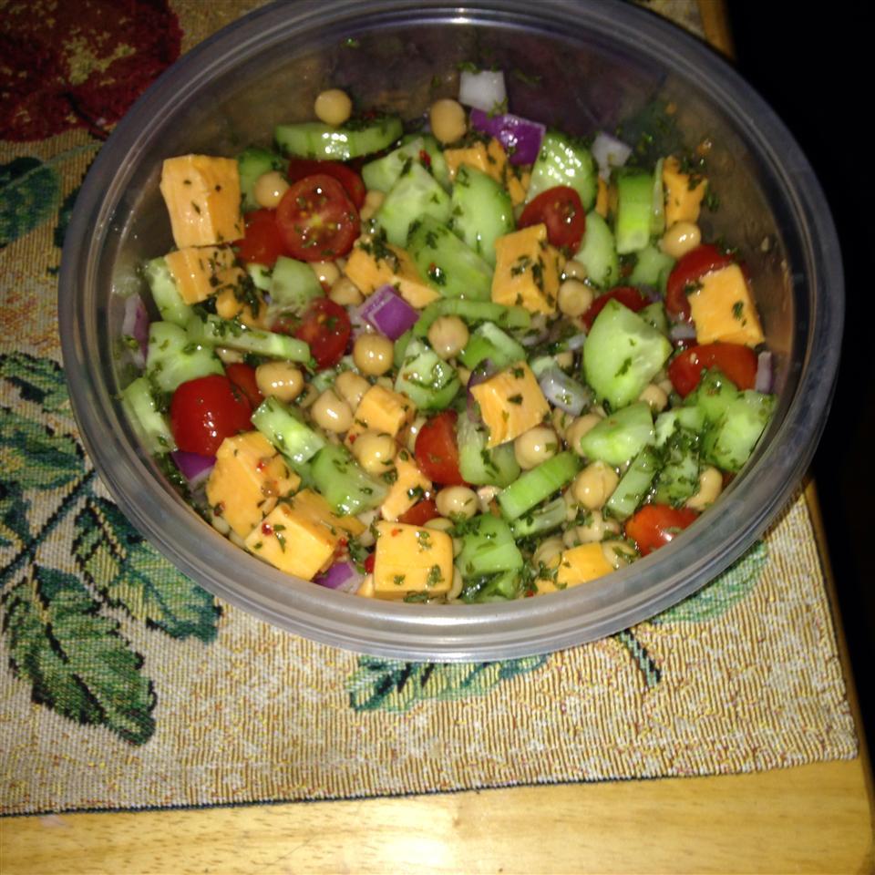 Mediterranean Chickpea Salad corinne