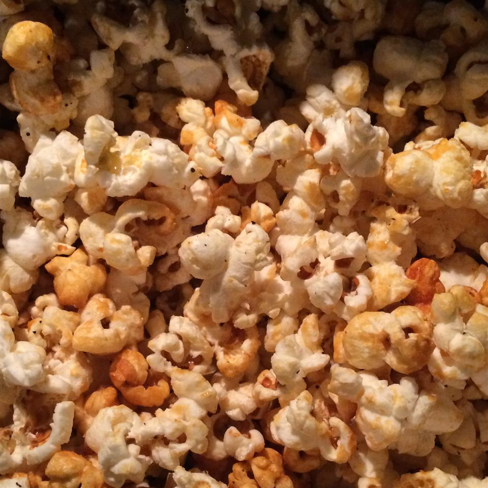Spicy Sweet Stovetop Popcorn TRANQUILTREE