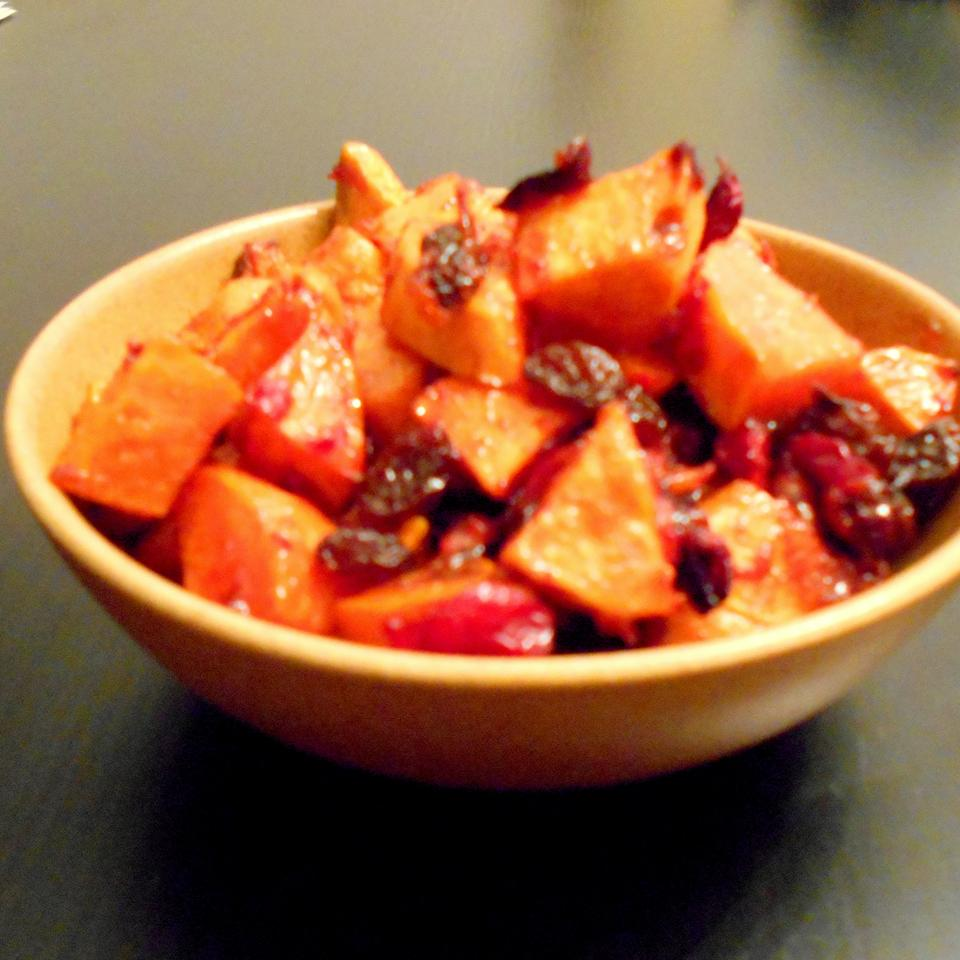 Spiced Sweet Potatoes and Cranberries ONIOND