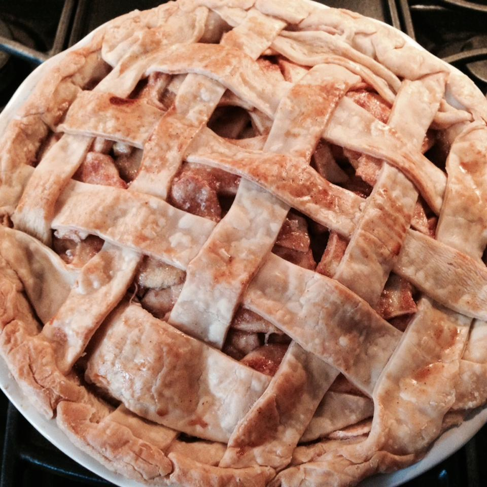 Aunt Carol's Apple Pie FoOd FrEnZy88