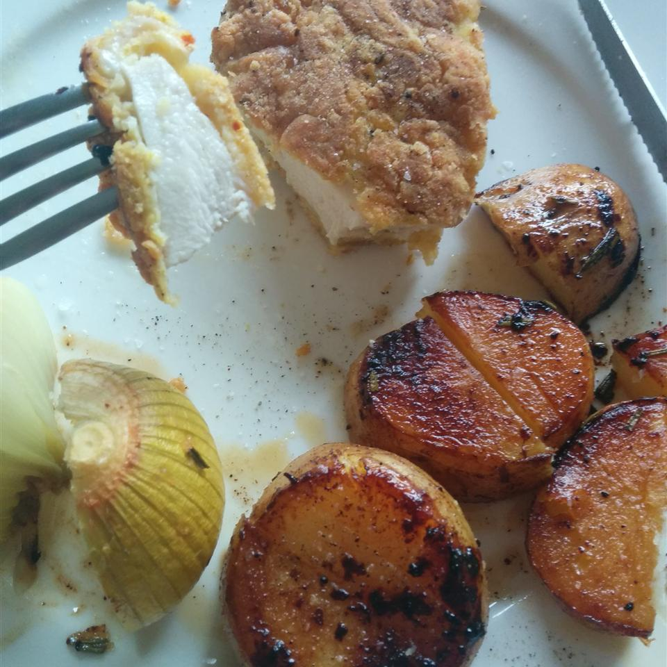 Tender Pan-Fried Chicken Breasts robyn