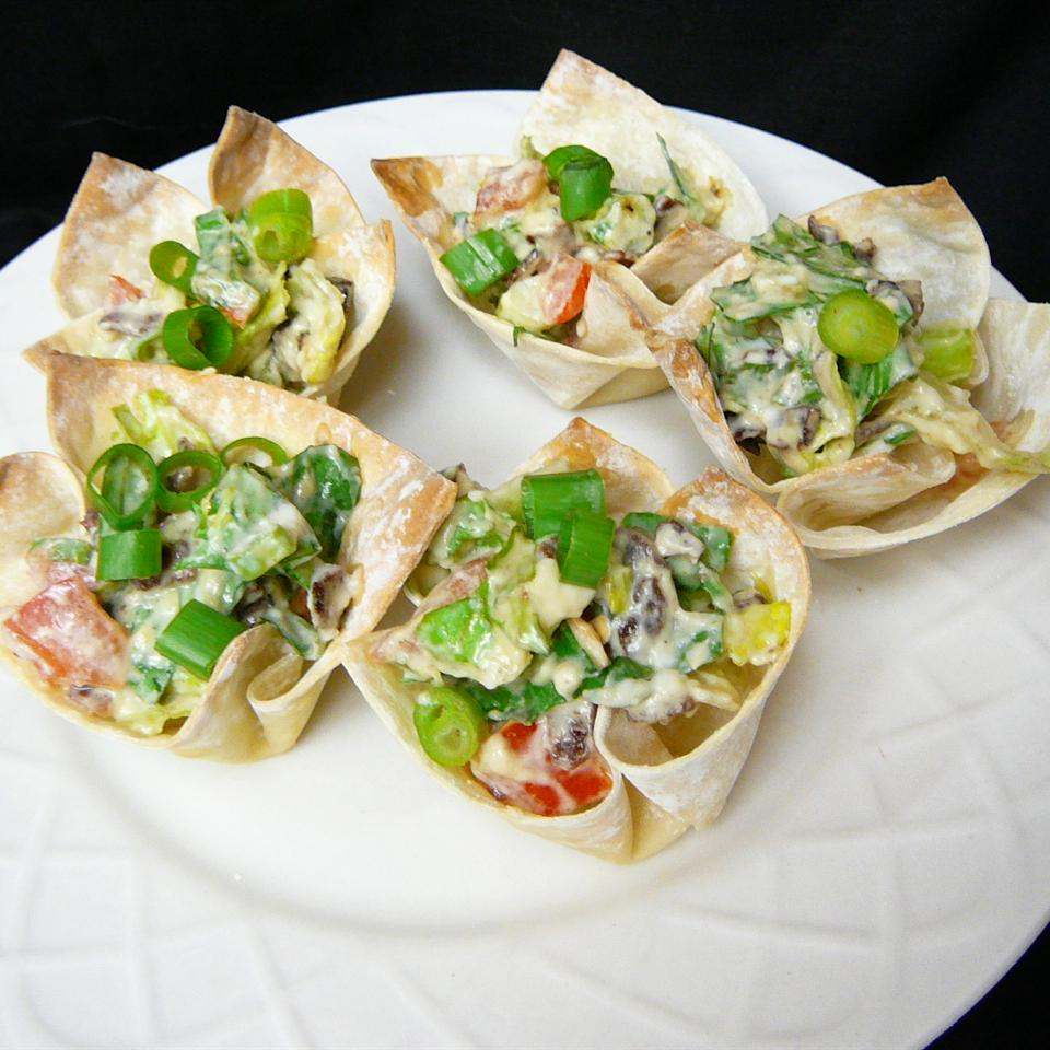 BLT Cups Molly