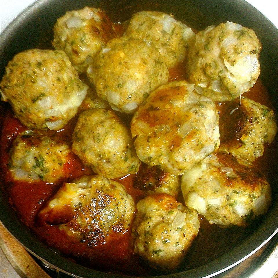 Mozzarella-Stuffed Pesto Turkey Meatballs