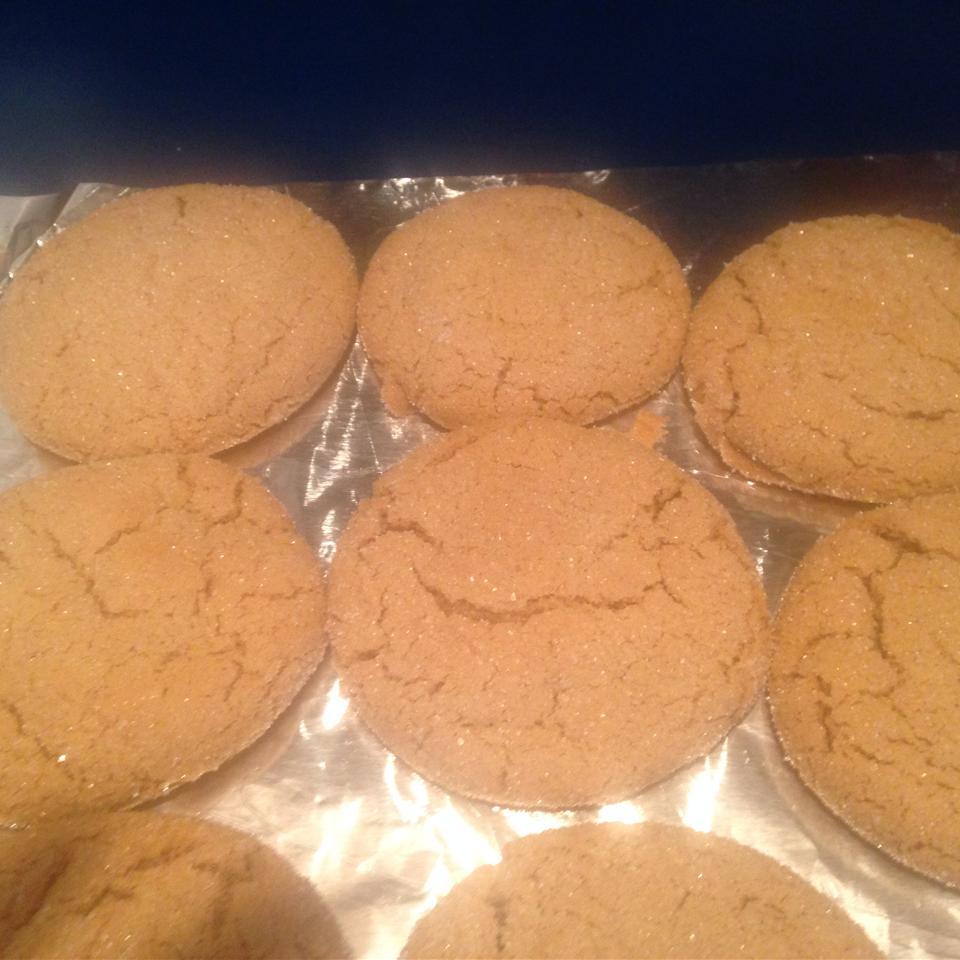 Crackle Top Molasses Cookies Megan Davis