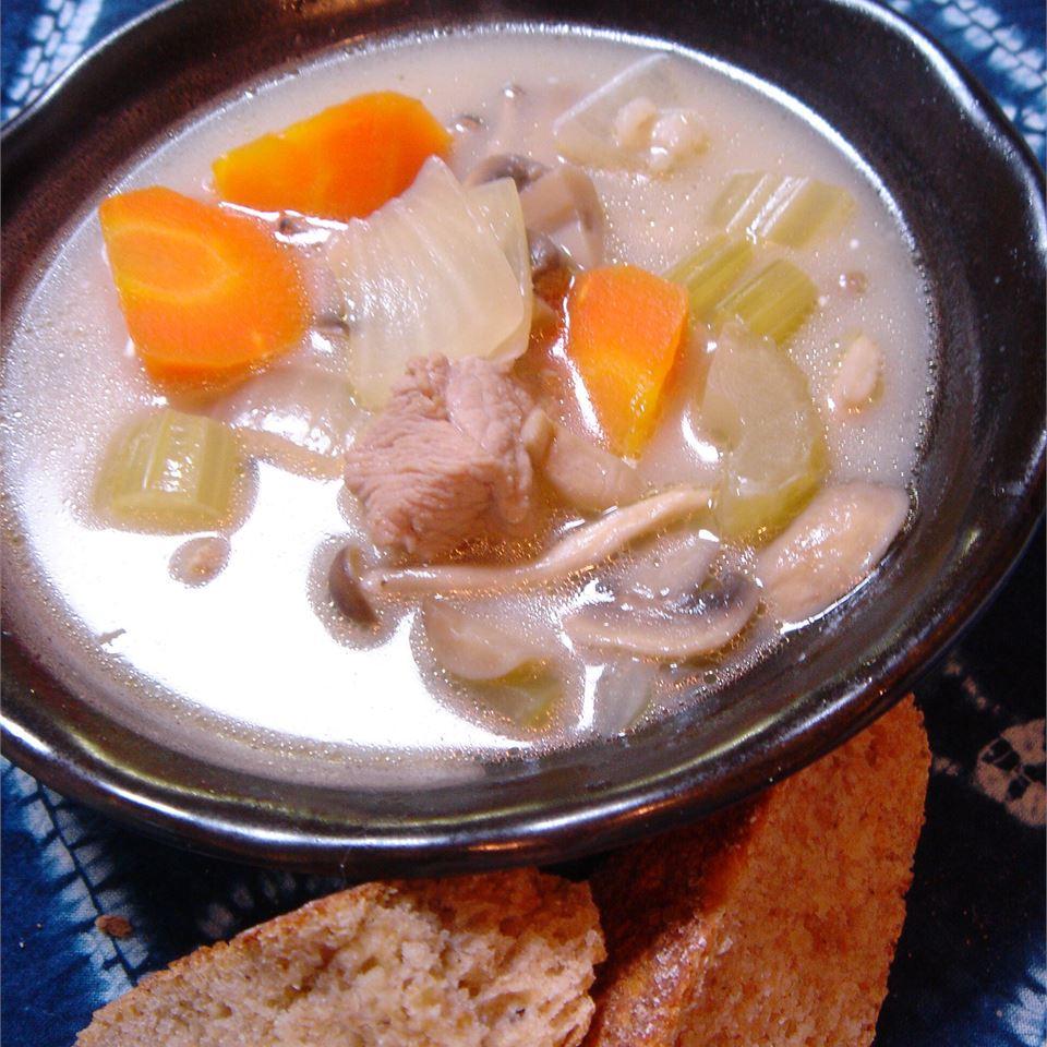 Beefy Mushroom Barley Soup LynnInHK
