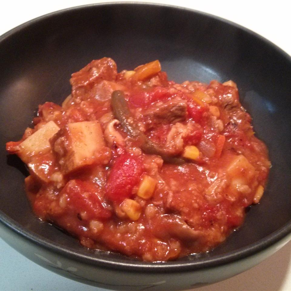Slow Cooker Fresh Vegetable-Beef-Barley Soup mkstevens09
