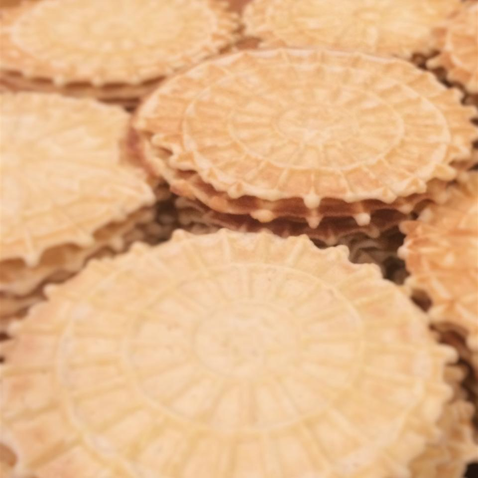 Grandma's Waffle Cookies (Pizzelles) Darla O