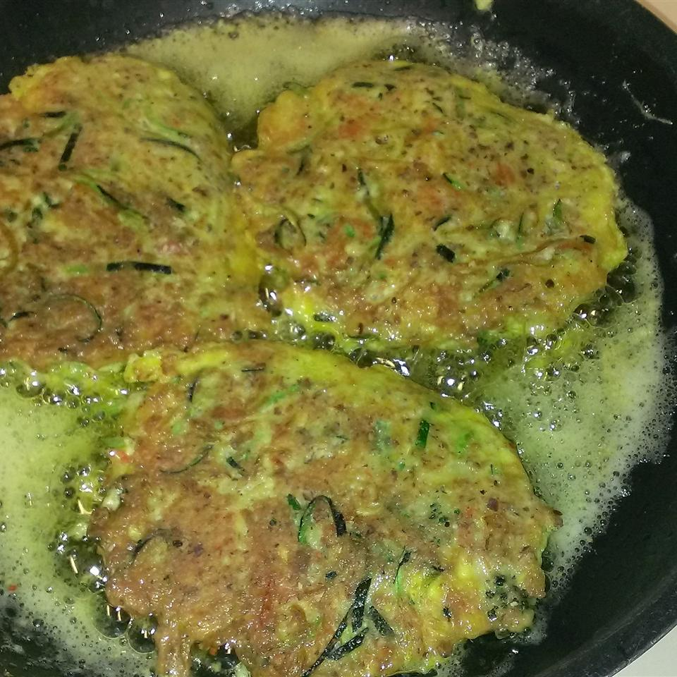 Low-Carb Salmon Patties with Fresh Dill Deb Smith