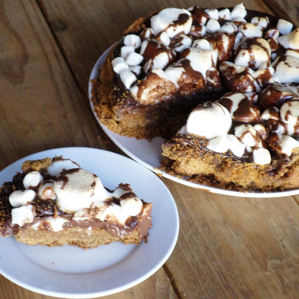 S'more Pie Erin Brocklehurst