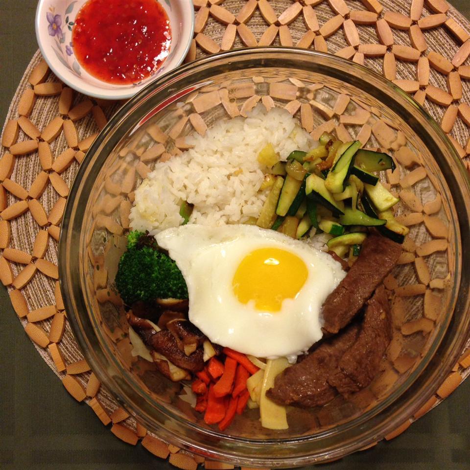 Bibimbap (Korean Rice With Mixed Vegetables) gale