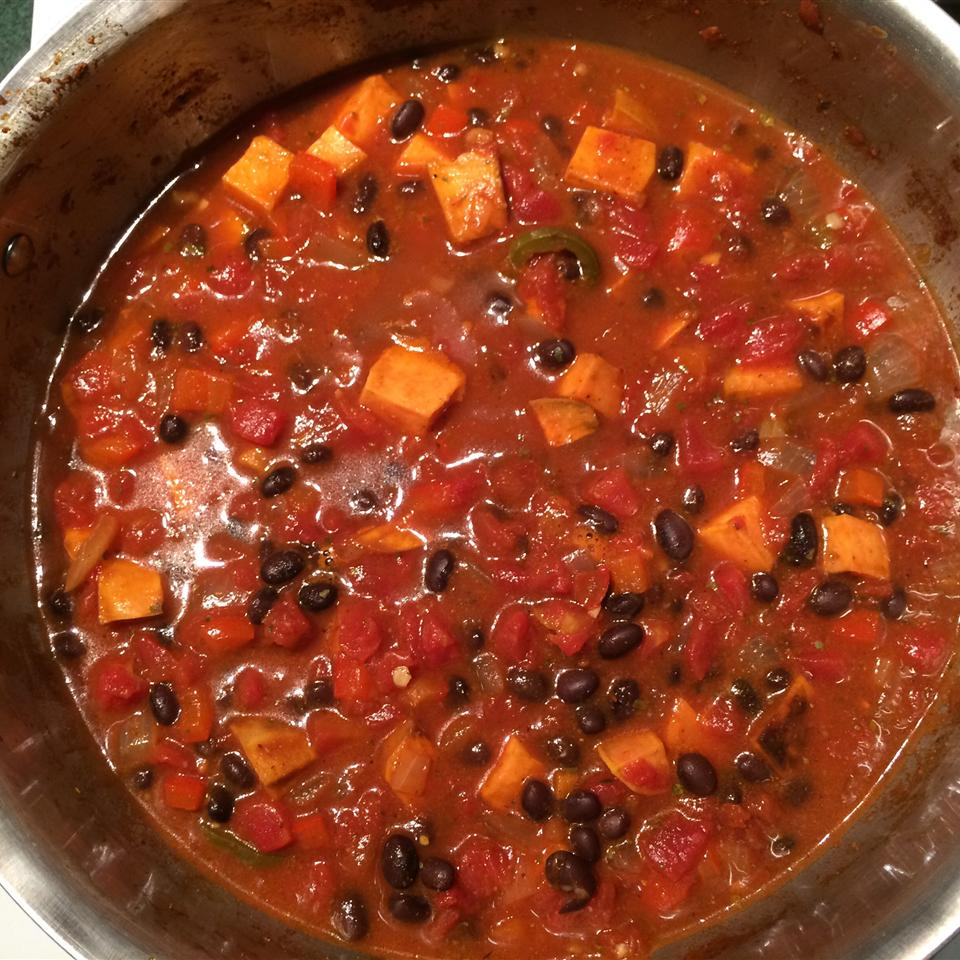Sweet Potato and Black Bean Chili CathyM50