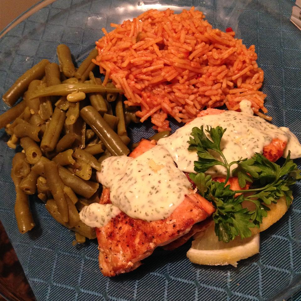 Grilled Salmon Fillets with a Lemon, Tarragon, and Garlic Sauce VictoriaLove