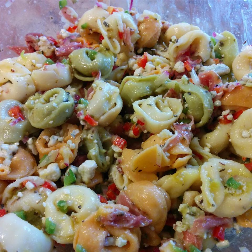 Gorgonzola and Prosciutto Tortellini Salad