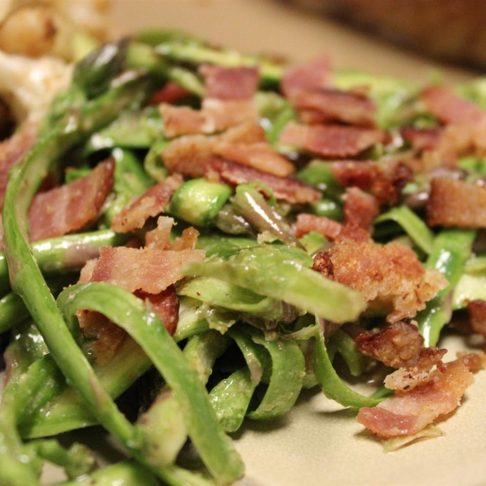 Chef John's Shaved Asparagus Salad mommyluvs2cook