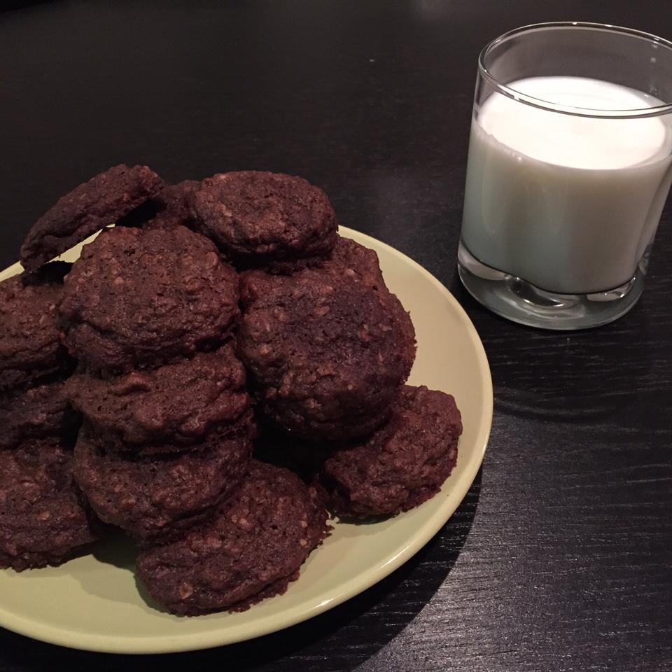 Chocolate Oatmeal Cookies Hadeel