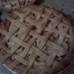 Aunt Bev's Famous Apple Pie