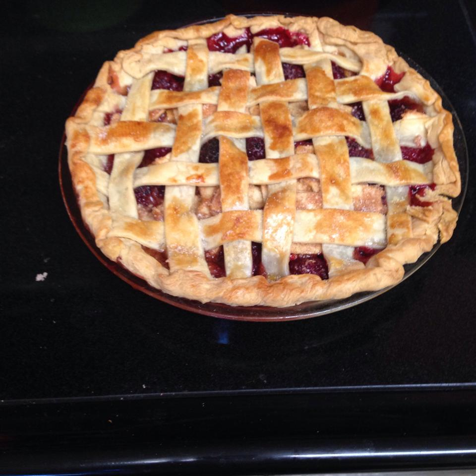 Apple-Berry Pie