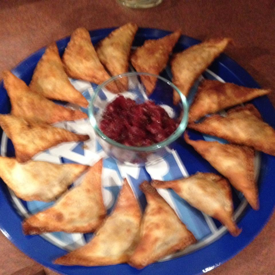 Thanksgiving Leftover Wontons with Cranberry Salsa nguice
