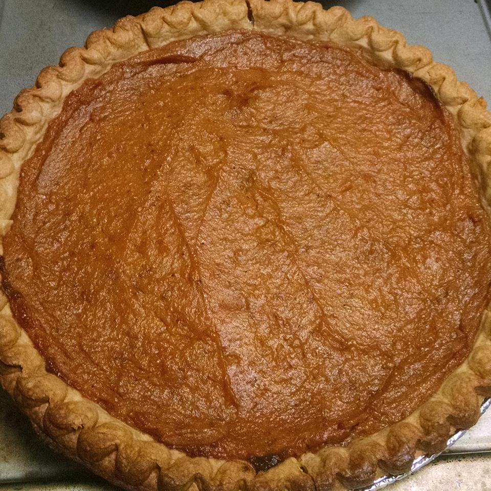 Mom's Sweet Potato Pie Faith N