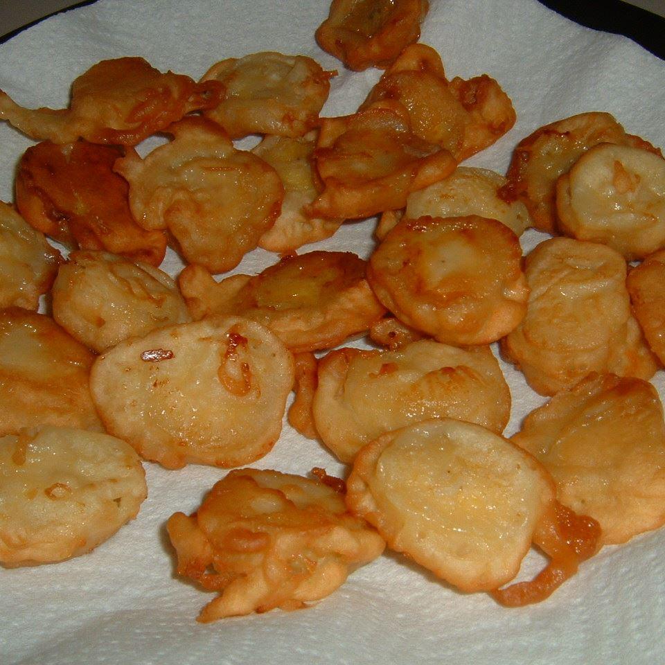 Pisang Goreng (Indonesian Banana Fritters) Caroline C