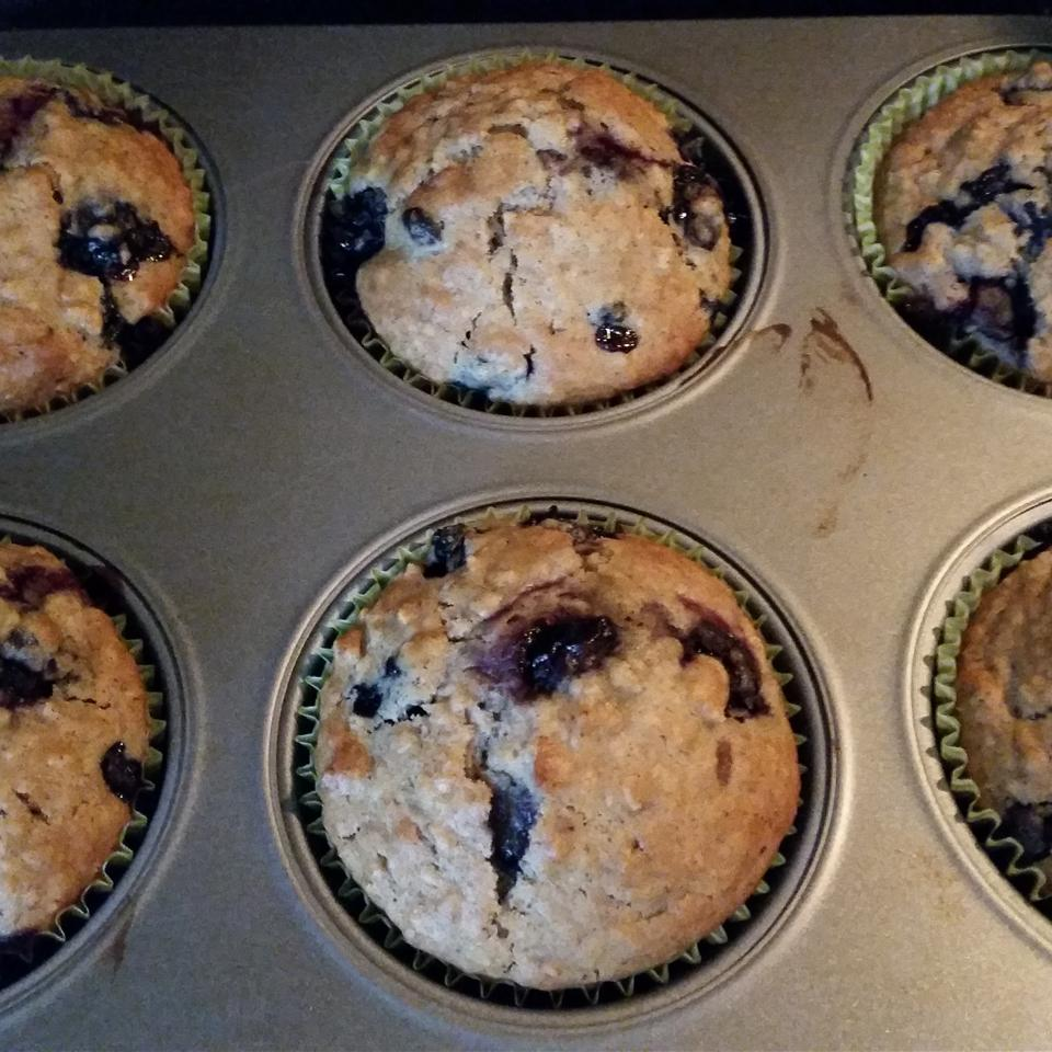 Oatmeal Blueberry Muffins melouzy1119